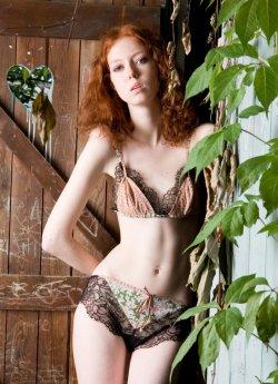 Elise Aucouturier lingerie