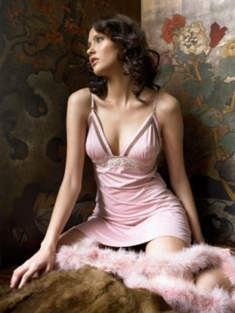 http://fashion-fashion123.blogspot.com/2012/05/lingerie-sexy-picture.html