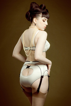 Mademoiselle Fred lingerie