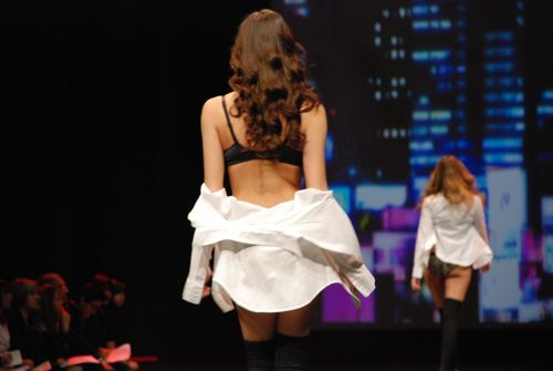general catwalk - salon de la lingerie 2011