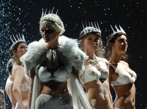 salon lingerie 2013 Snow