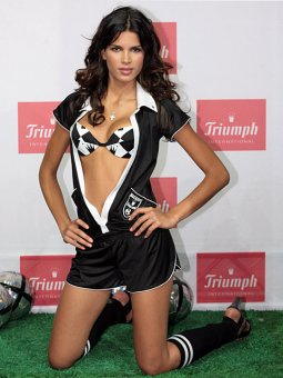 Lingerie Triumph Football