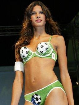 Lingerie Triumph Football
